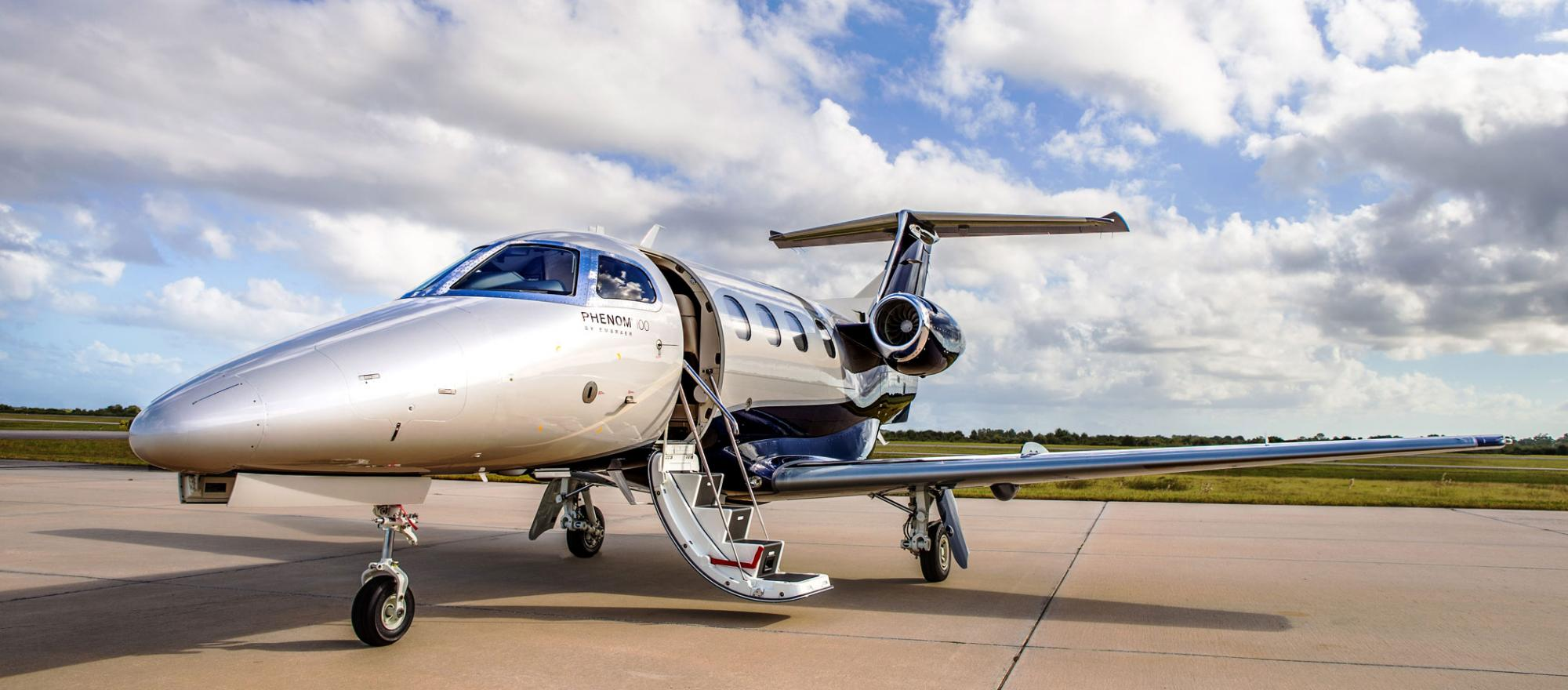 Embraer EMB-500 Phenom 100 charter services
