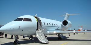Charter a Challenger 601