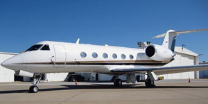 Fly private jet charter on a Gulfstream IV