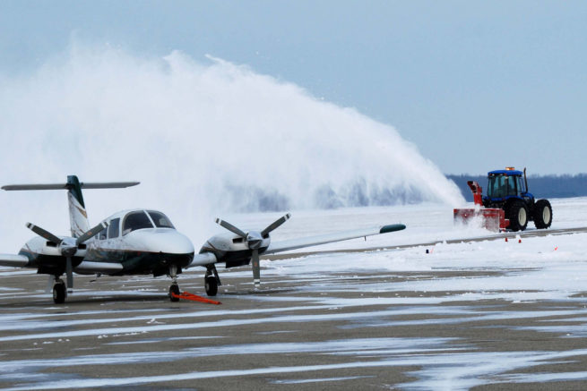 De-icing Aircraft for Private Jet Charter Service