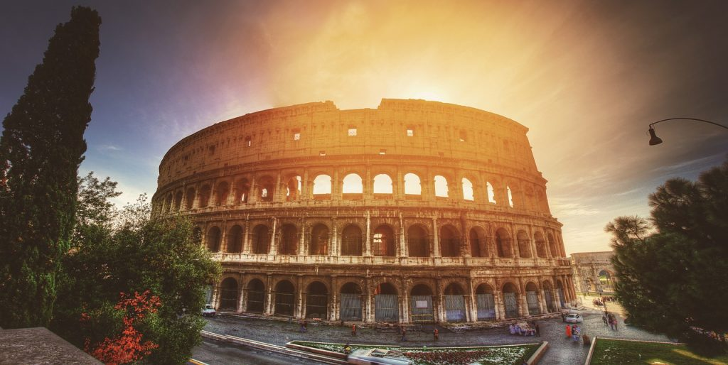 Italy-Air-Charter-Colosseum