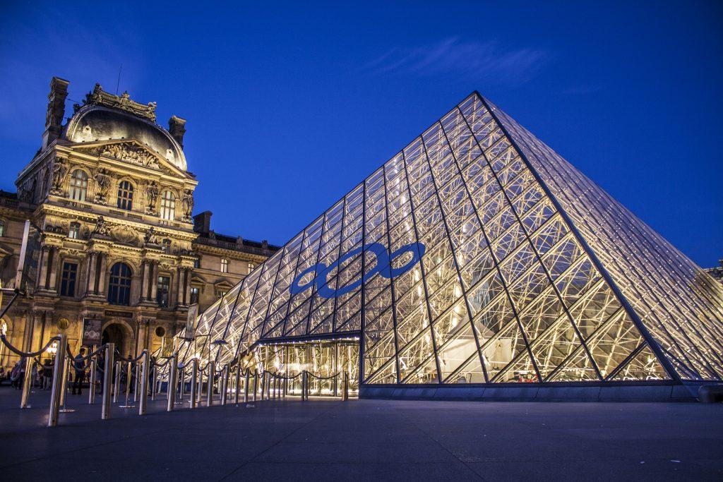Paris-Private-Flights-Louvre