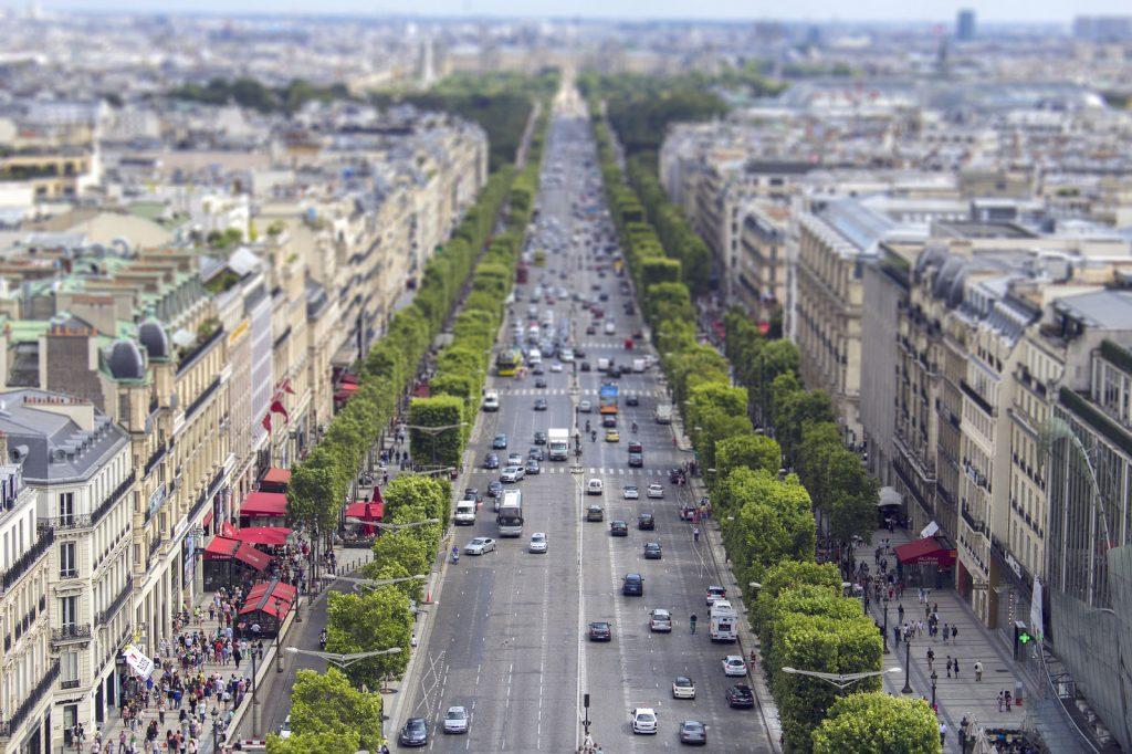 Paris-Private-Jet-Hire-Champs-Elysees