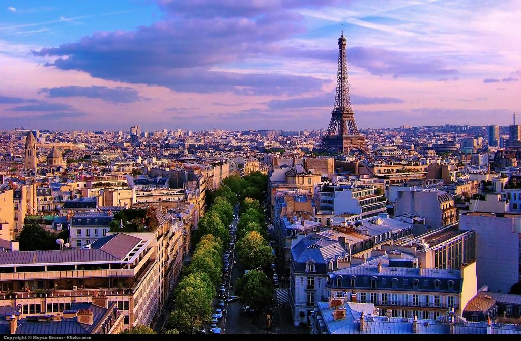 jet charter flights in Paris