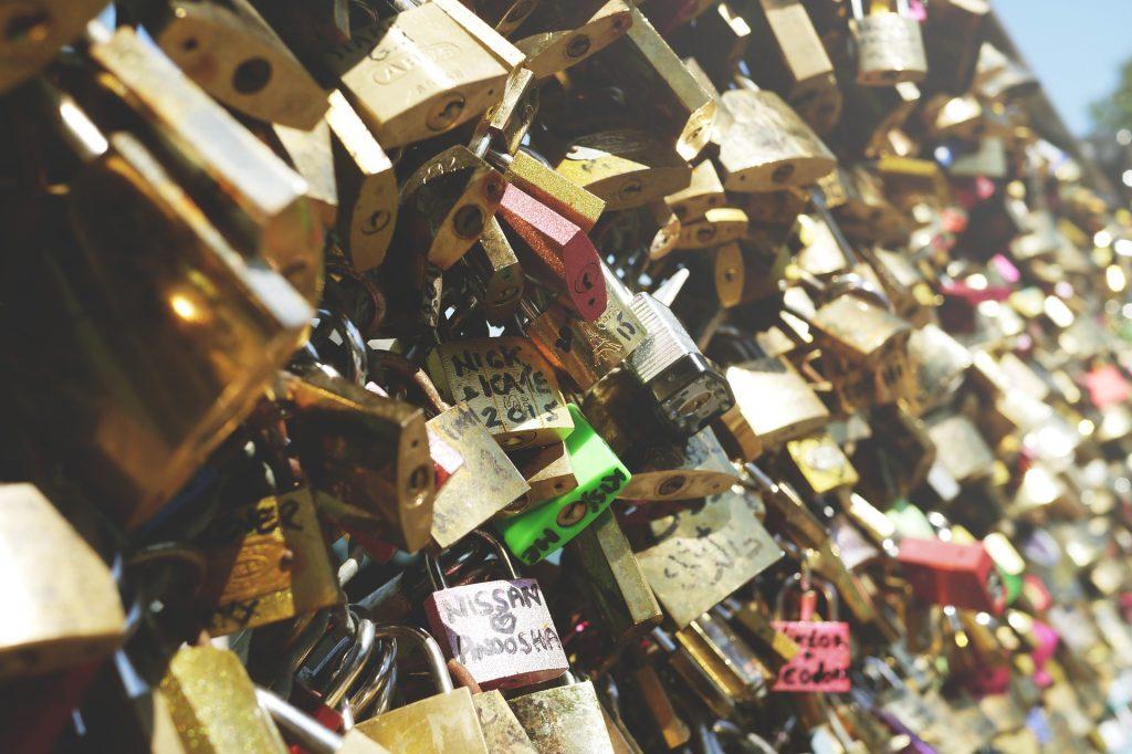 Paris-Valentines-Day-Getaway