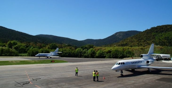 St Tropez airport charters