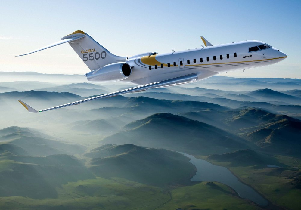 Global 5500 long range jet