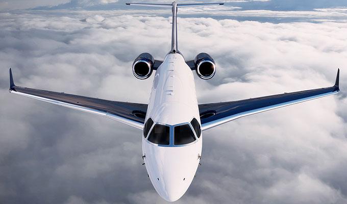 Legacy 450 mid-light business jet